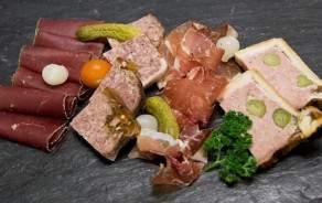 Cold meat & Terrines platter, (2-3 people)