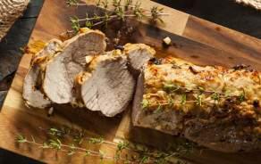 Rôti porc pour BBQ mariné à la provençale