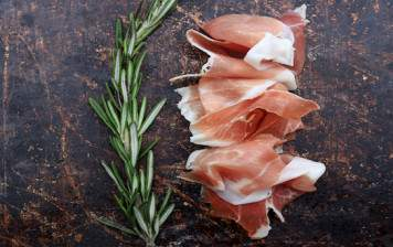 Raw ham from Geneva - Du Palais - Sliced