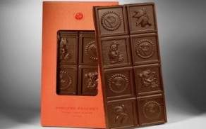 Milk chocolate bar from Pascoët
