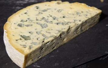 Blue cheese from Auvergne, Hervé Mons