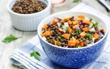 Lentils and carrots salad