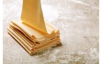 Pâte à lasagne aux oeufs frais (coupée)