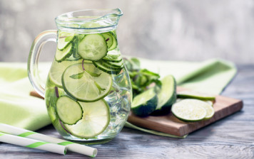 Mint & cucumber detox water...