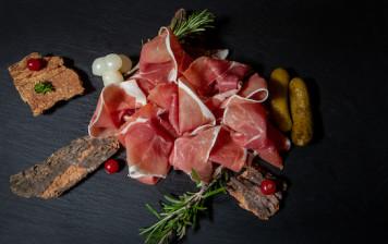Raw ham from Geneva - Du...