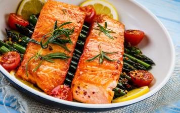 Grilled salmon, asparagus...