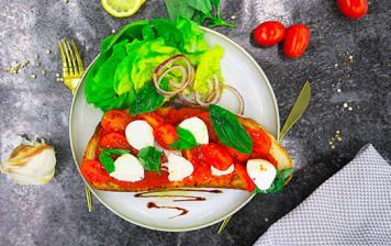 Bruschetta tomate mozza